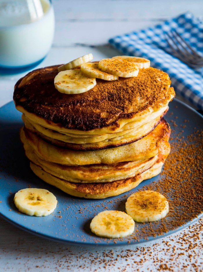 Banana Sour Cream Hotcakes