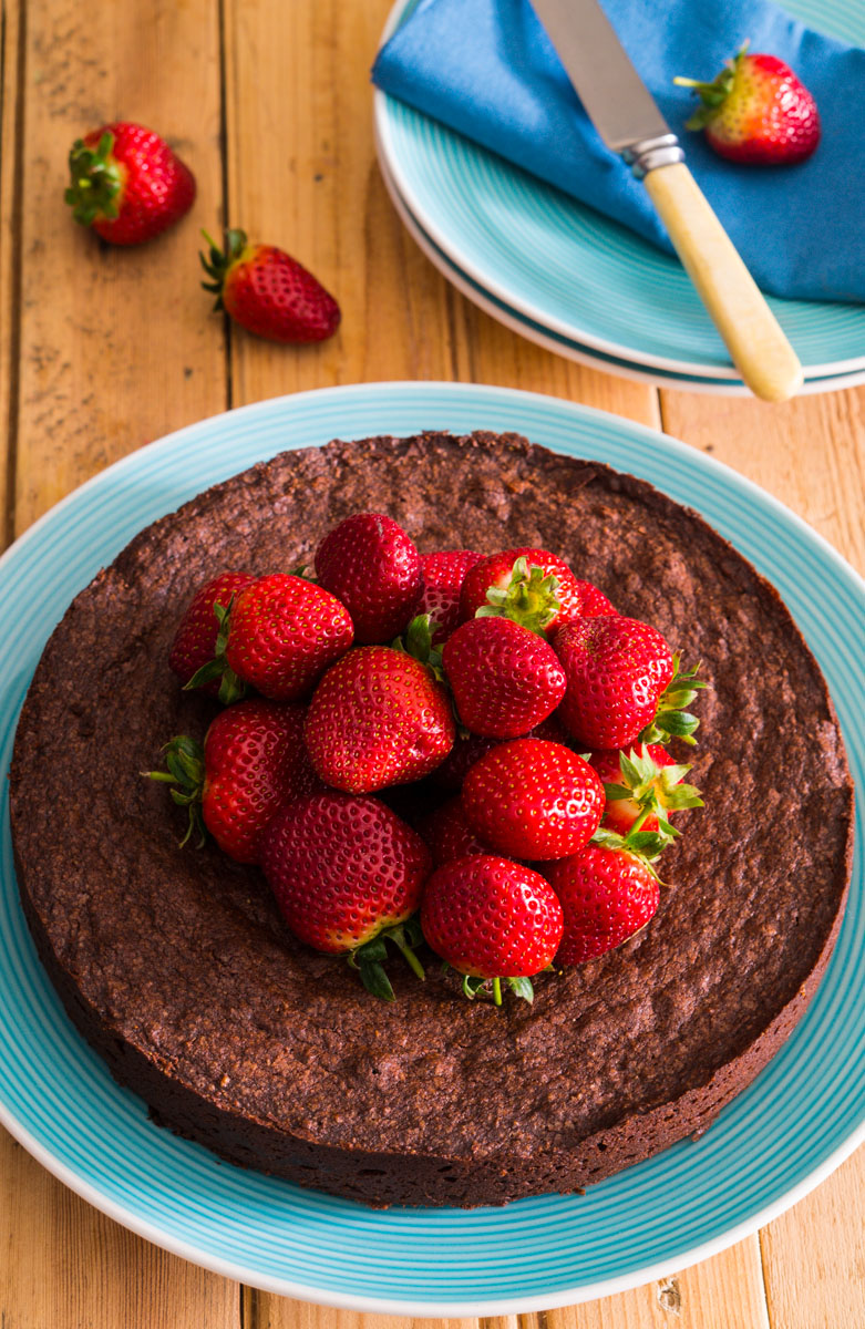 Flourless Chocolate Cake with Chipotle l heinstirred
